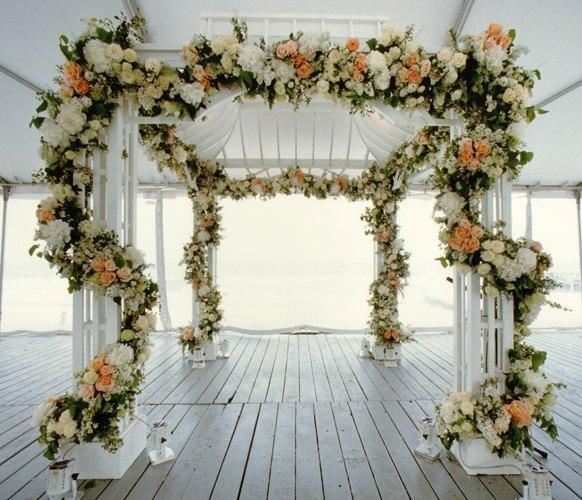 фото с букетом цветов и кольцо