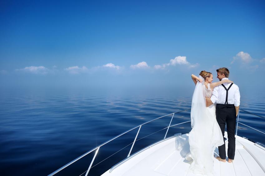 Идеи для свадьбы в морском стиле на яхте